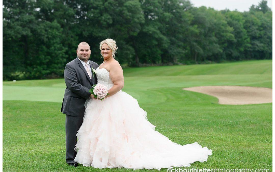 A Dreamy Rainy-Day Evergreen Pavilion Wedding :: Lori & Derrick