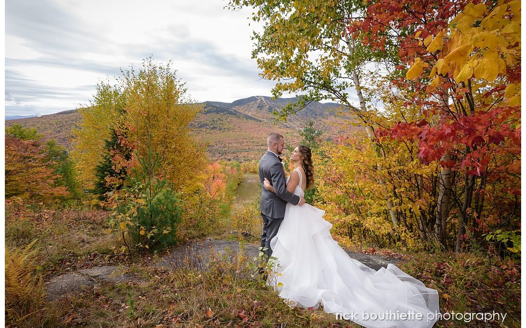 A Lovely Wedding During Peak Fall Foliage :: Alex & Amanda